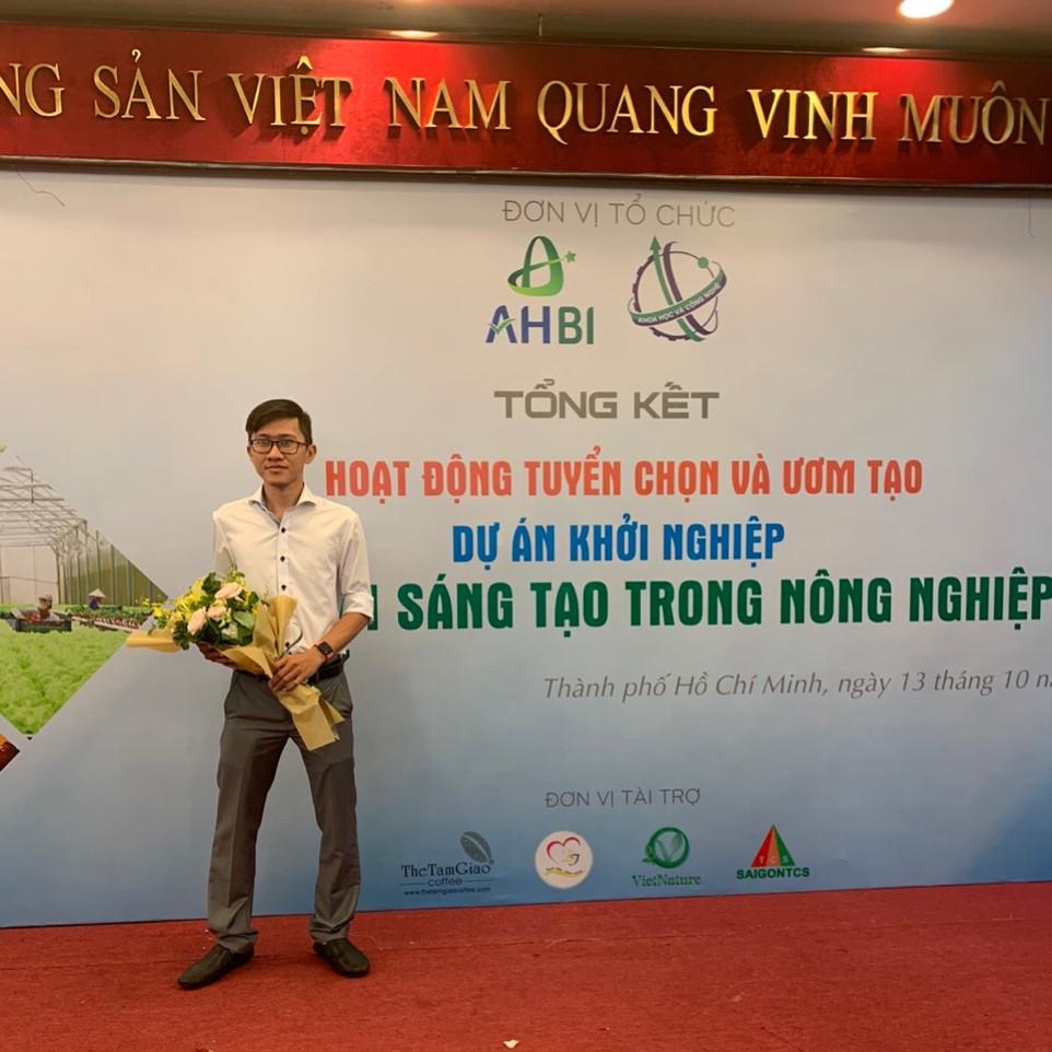 Lê Nhân Tâm - chủ doanh nghiệp sản xuất ống hút cỏ